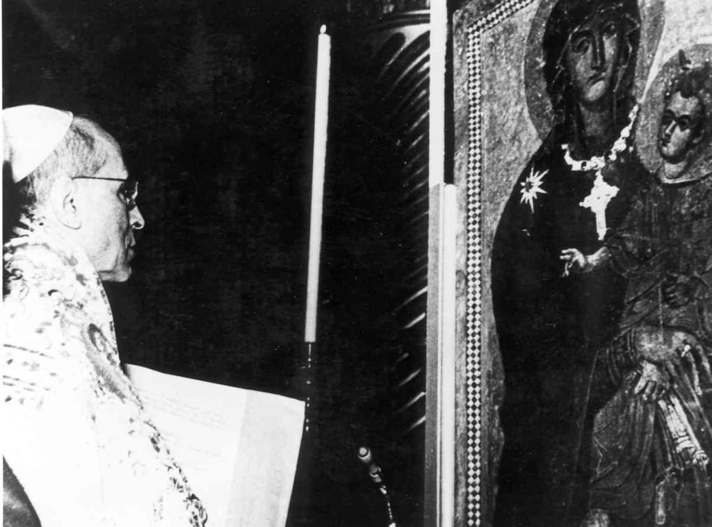 PiusXII coronation Salus Populi Romani 1954