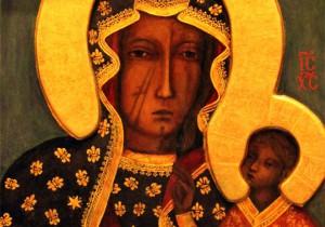 Un particolare dell'icona della Vergine Nera di Częstochowa; i segni sul volto sono quelli dei colpi d'ascia degli Ussiti, nel 1430.
